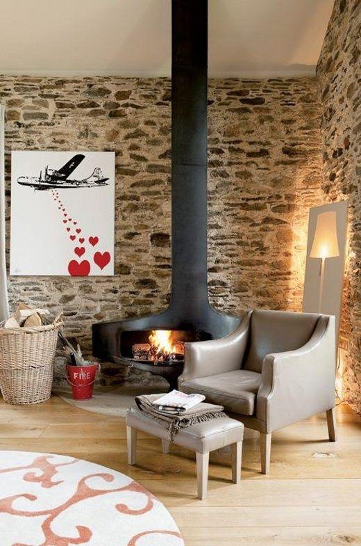 Natursteinwand im Wohnzimmer - der natürliche Charme von ...