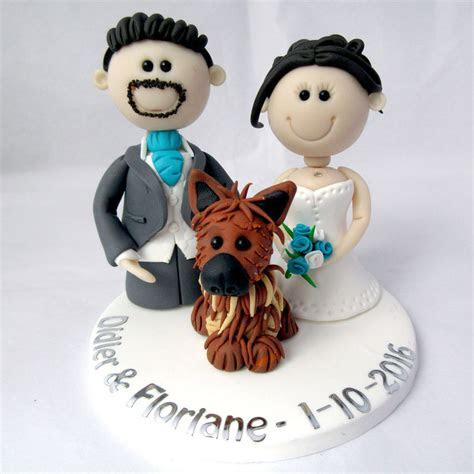 Personalised Wedding Cake Topper ? Bride Groom and pet dog