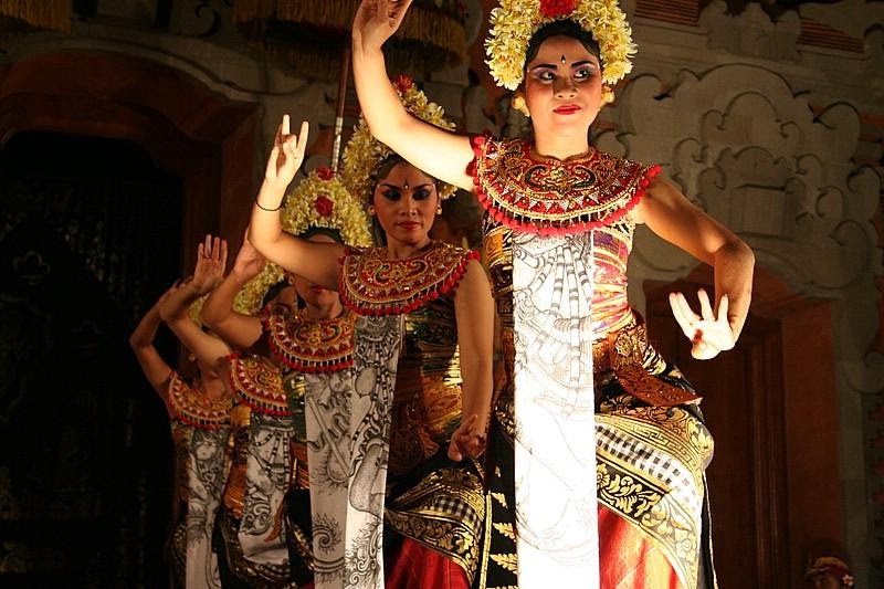 Discovering Indonesia Some Amazing Facts about the Nation  Easybook