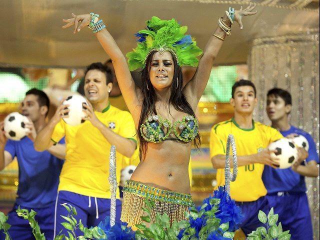 larissa riquelme en el carnaval de rio 2011