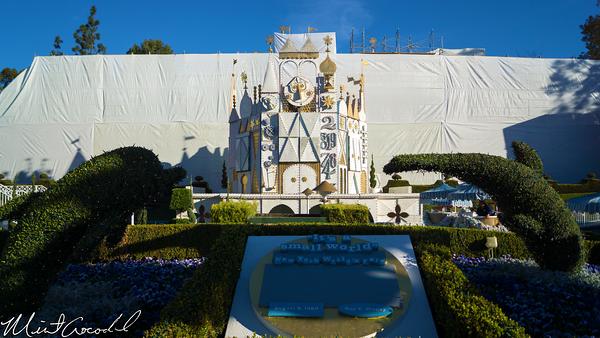 Disneyland Resort, Disneyland, it's a small world, refurbishment, refurb, refurbish, 60, anniversary, scaffold, tarp, Christmas, Time, Small World Holiday