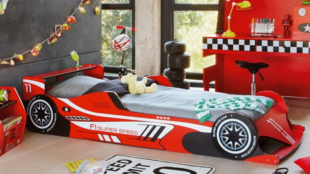 9-Formula-Inspired-Bed-for-boys-bedroom