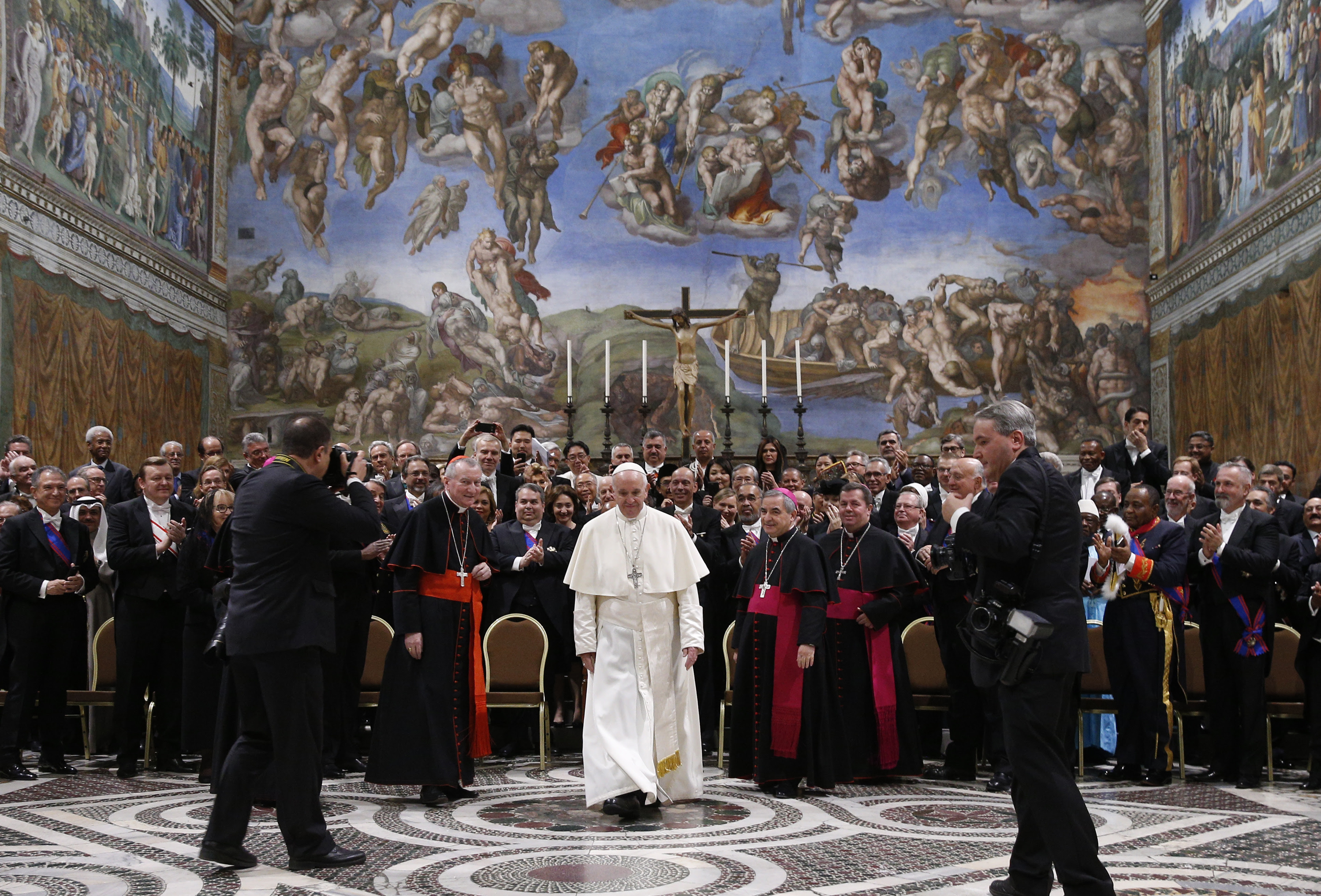 Endrtimes pope francis issues blueprint for geopolitical stability malvernweather Images