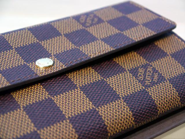 lv wallet close up