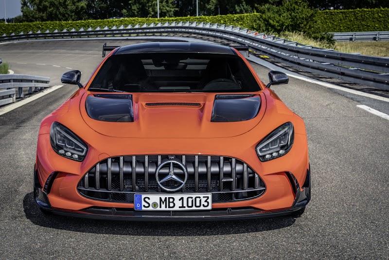 Mercedes-AMG GT Black Series oleh - mercedesbenzgleclass.xyz