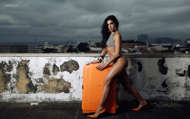 Juliana Dias posa para o Paparazzo (Foto: Marcos Serra Lima / Paparazzo)