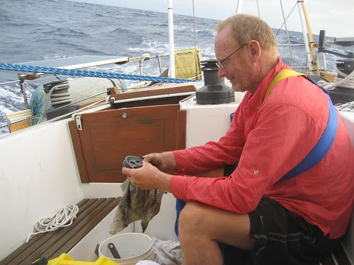 Peter fixing steering sheave
