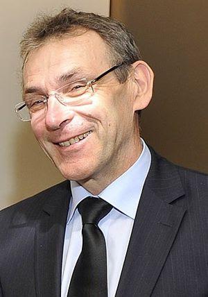 Andris Piebalgs, Latvian politician
