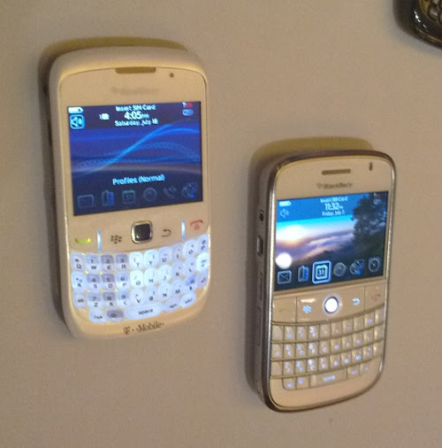 BlackBerry Whites BlackBerry Bold and Curve 8520 Show up in White
