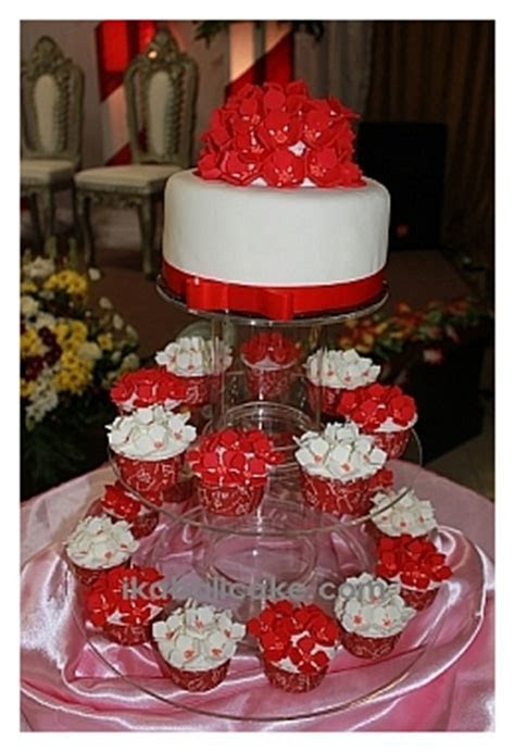 IKA Bali Wedding Cake   Your dream wedding cake