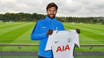 Echoes of Rafael van der Vaart about Llorente signing