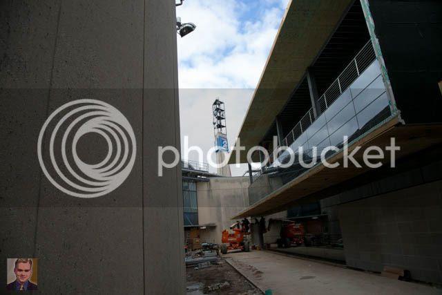 photo KPRCbuilding2017-old_new_tower_2_zpsabosqevz.jpg