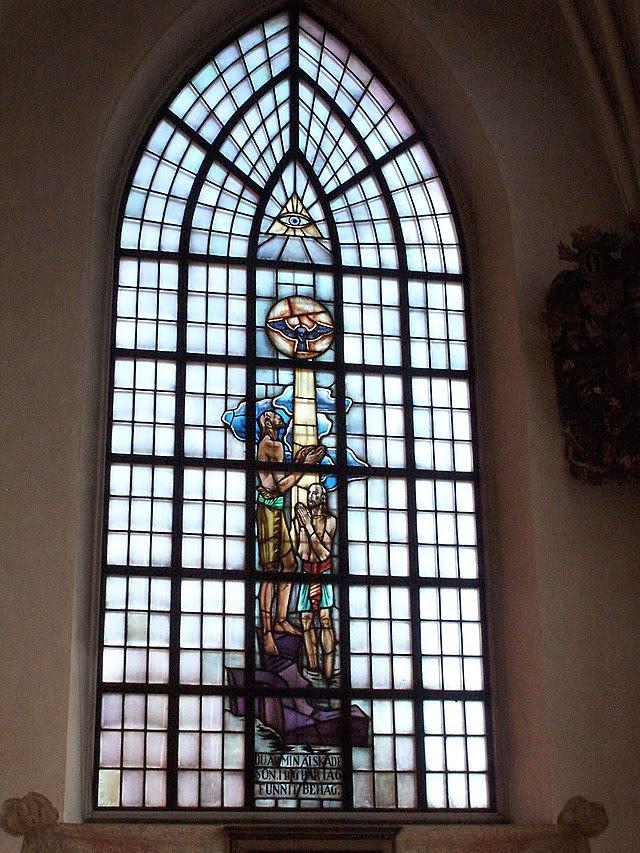 Jakobs kyrka window.jpg