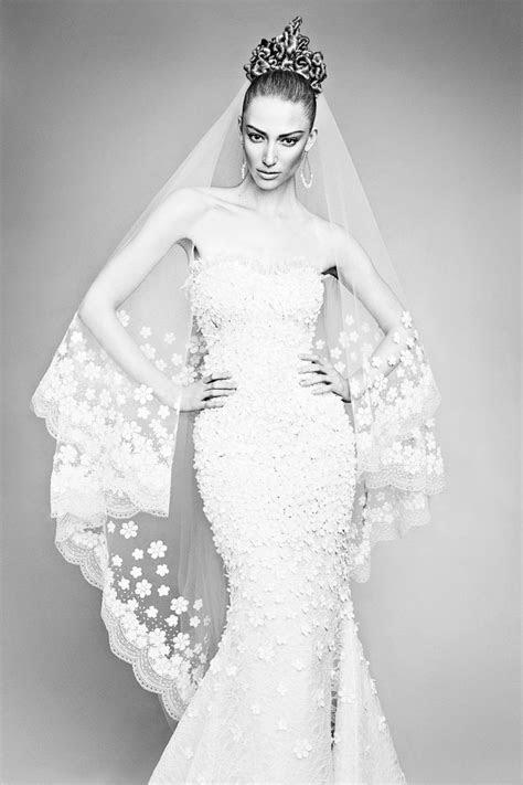 How To Shop A Bridal Designer Trunk Show   Weddingbells