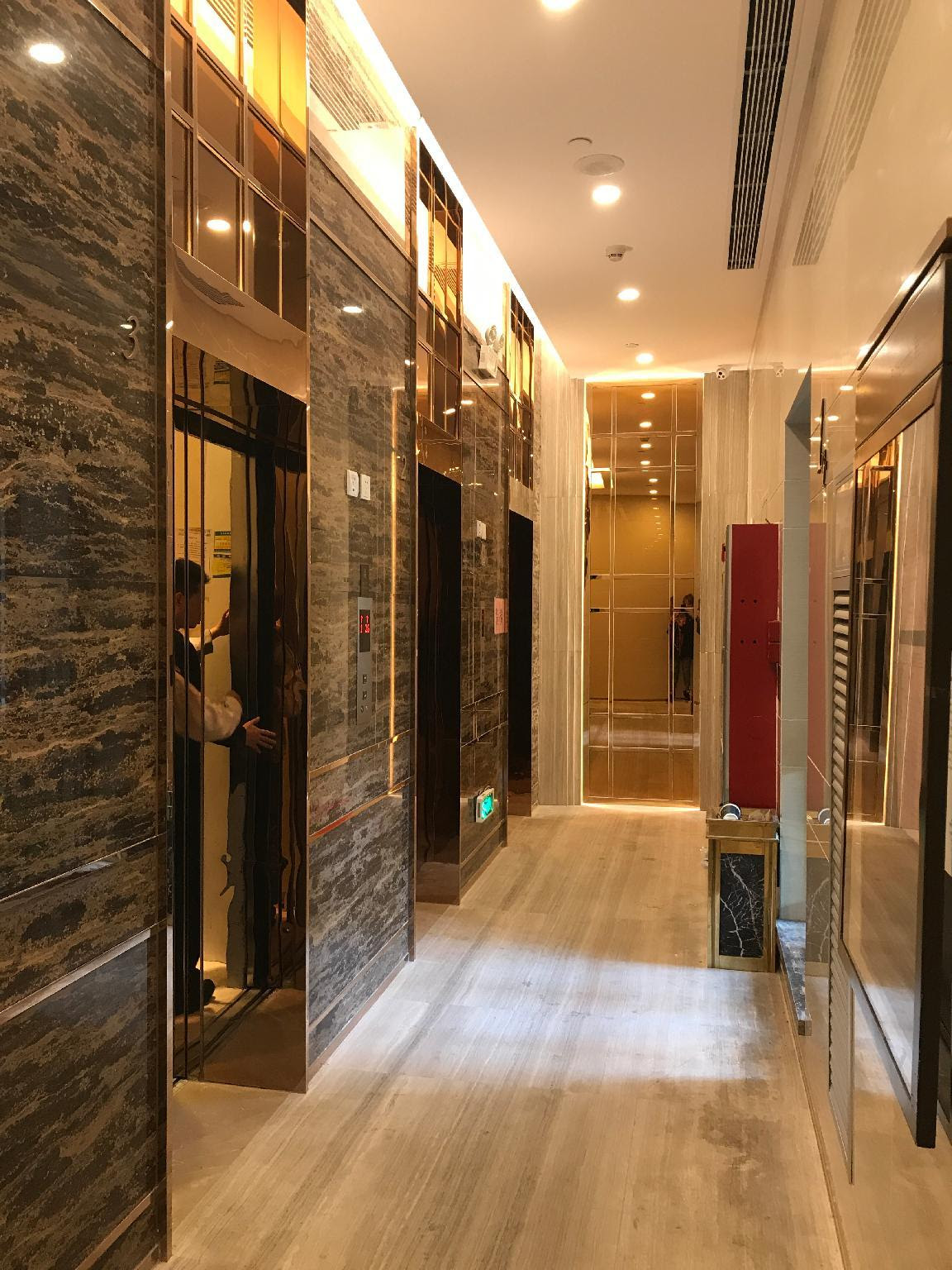 Review Nomo Residence Zhuguang New Town Royal Garden Guangzhou