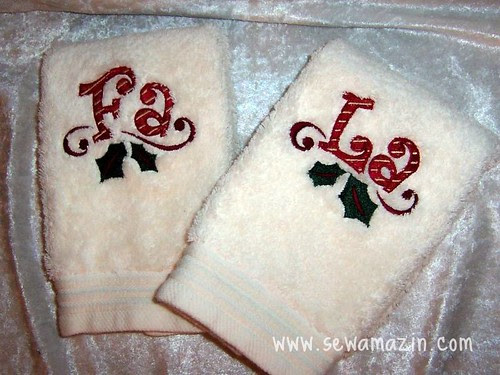 Christmas Embroidered Fingertip Towels