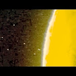 Flota Ovni Saliendo de la Luna / UFO Fleet Leaving Moon Crater