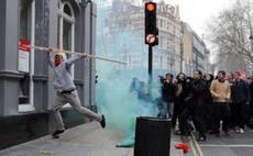 Scontri a Londra, proteste contro i tagli