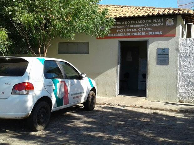 Delegacia de Polícia da cidade de Oeiras (Foto: Patrícia Andrade/G1)