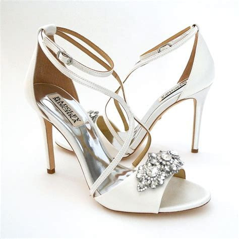 Badgley Mischka Vanessa, White Wedding Sandals 7M