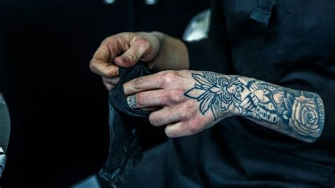 hand finger tattoos essential facts