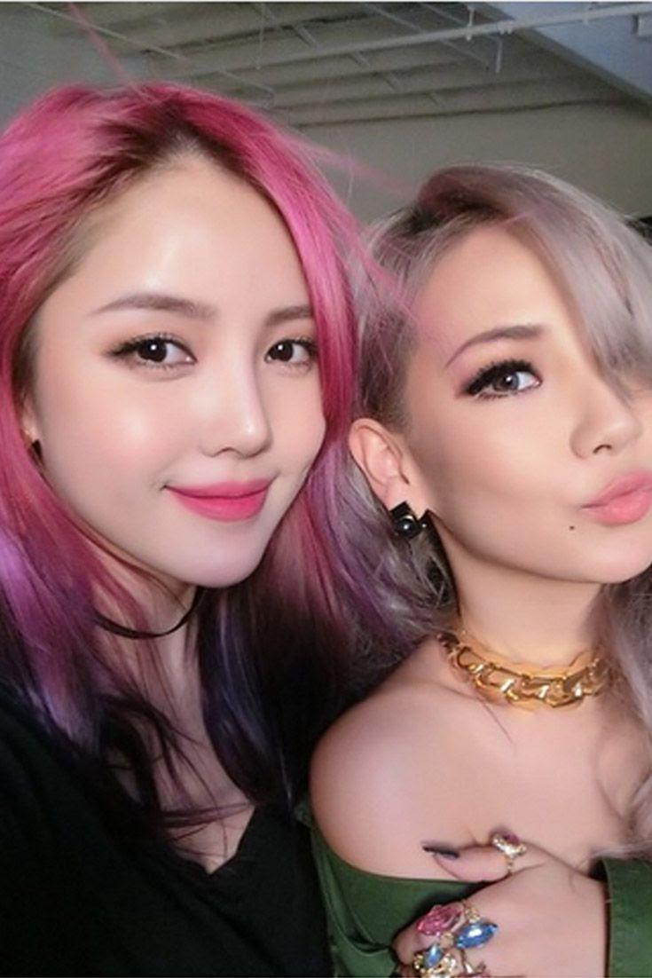 Kpop makeup artist