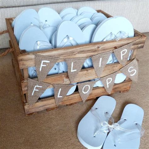 Buying Cheap Flip Flops for Wedding Reception Dance