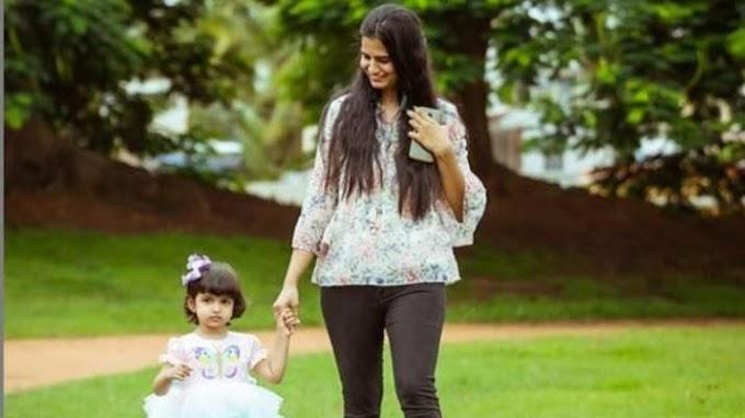 Happy Daughters Day 2020: इस खास दिन पर इन मैसेज और तस्वीरों के जरिए भेजें अपनी बेटी को प्यार