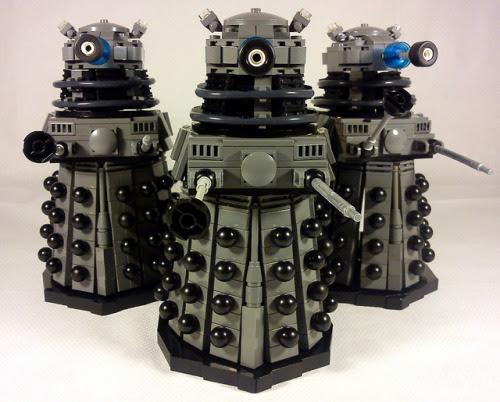 LEGO Daleks Classic Grey by LegoAvon on Flickr.