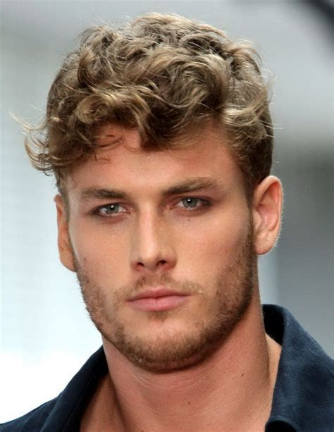 short curly hairstyles  men