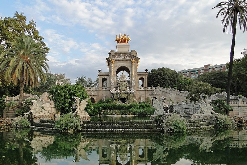 Datei:Ciutadella Park fountain.jpg