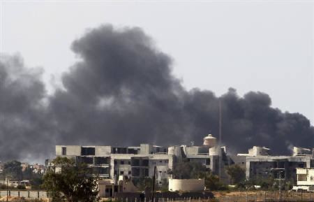 Bani Walid in western Libya is being destroyed by US-backed rebel militias. The town has been under siege and was shelled for nearly a month. by Pan-African News Wire File Photos