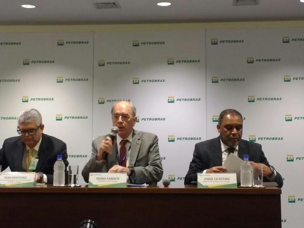 Petrobras detalha nova política de preços em coletiva no Rio de Janeiro, nesta sexta-feira. (Foto: Daniel Silveira/G1)