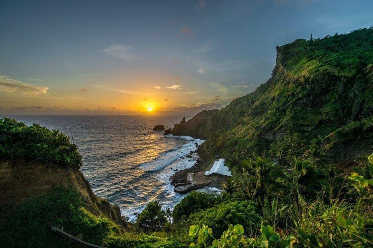 Como é viver em uma pequena ilha britânica no meio do Pacífico 12