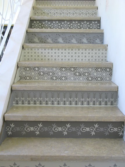 wonderful wood stair risers | Susan Pinner: PAINTED STENCILED OR PAPERED STAIR RISERS!