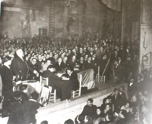Acto del Frente Popular con Azaña en el Teatro de Rojas, Toledo. Fotografía Rodríguez