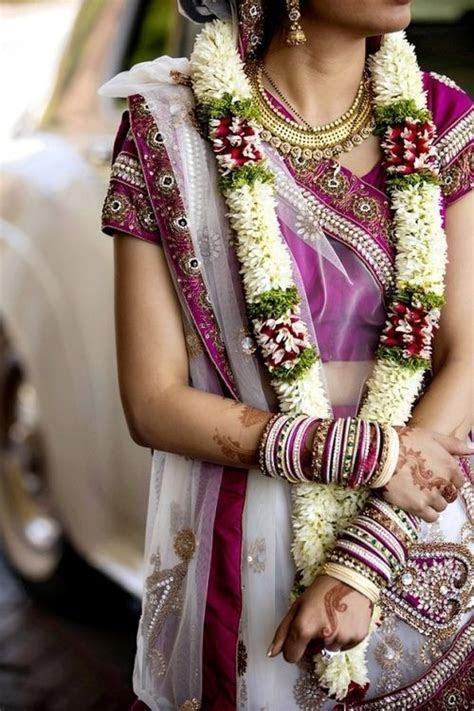 This simple jaimala still works wonders :) #Indianwedding