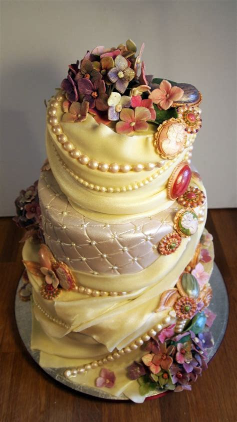 Chocolate wedding cakes pinterest   idea in 2017   Bella