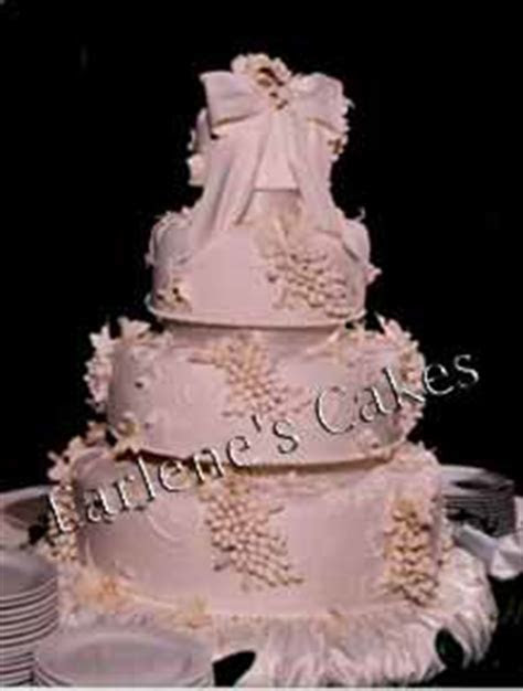 Grapes and Leaves cake image