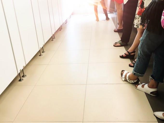 Alasan mengapa antrean di toilet perempuan lebih panjang dibandingkan laki-laki
