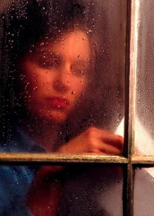 Não obrigue-se a ocupar a cabeça logo após o fim de um relacionamento; o luto precisa ser vivido
