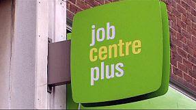 Gran Bretagna, disoccupazione in calo. Timori per i tassi
