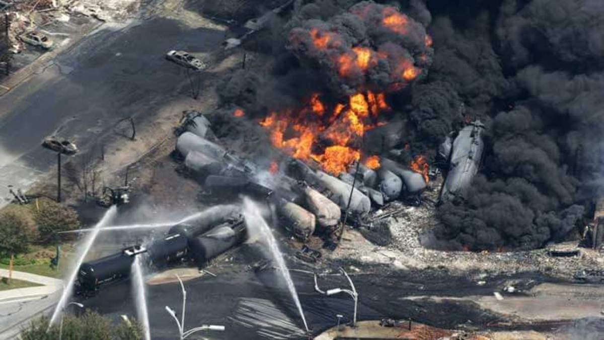 oil tanker trains