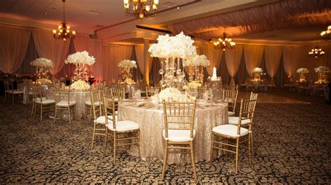 Ivory and Gold Bella Collina Wedding   A Chair Affair, Inc.