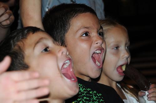 kids yelling_8935 web