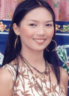 Asian datin