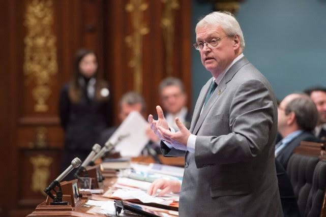 Le projet-pilote du ministre Gaétan Barrette vise à... (PhotoJacques Boissinot, archives La Presse Canadienne)