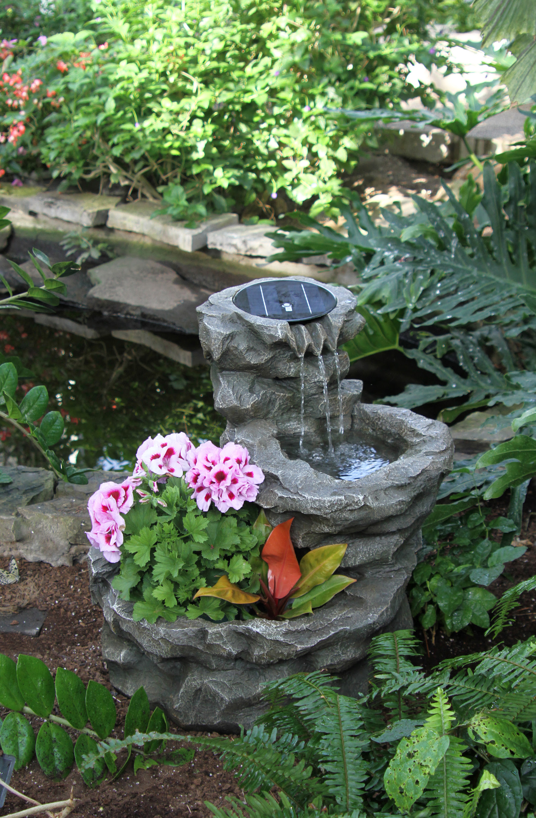 Impressive Back Yard Water Fountains 1769 x 2700 · 3623 kB · jpeg