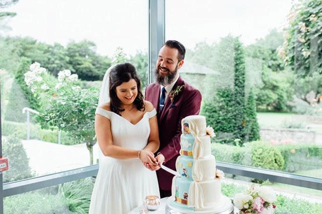 Die Hochzeitstorte war Mario-inspiriert, weil der Bräutigam liebt Nintendo