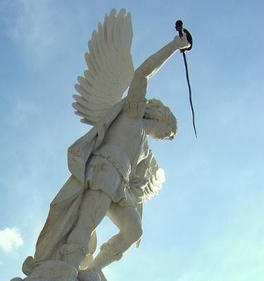 http://www.shepherds-rod-speaks.org/wp-content/uploads/2010/06/angel-sword.jpg